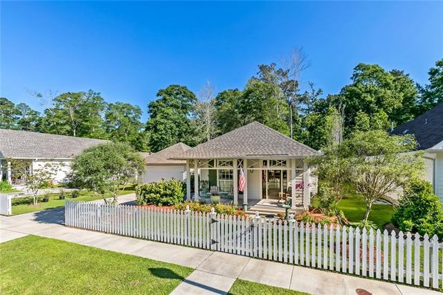 1513 Darlington Street, Covington, LA 70433 (MLS #2152125) :: The Robin Group of Keller Williams