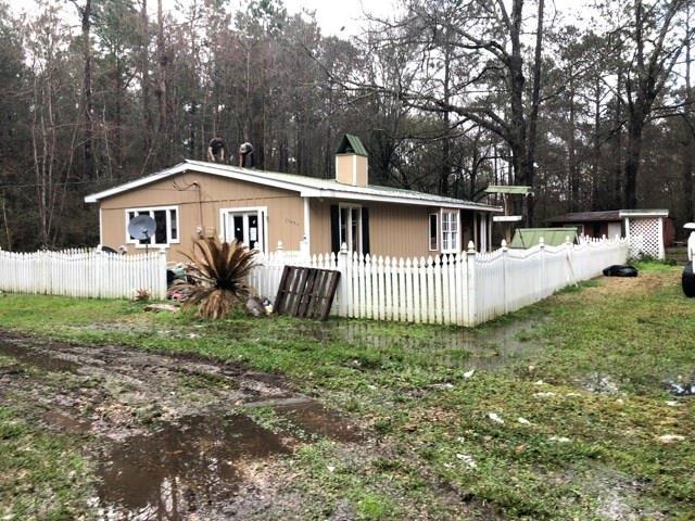 73420 Warm Springs Drive, Abita Springs, LA 70420 (MLS #2152503) :: Turner Real Estate Group
