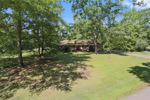 79 Live Oak Drive, Slidell, LA 70461 (MLS #2152527) :: The Robin Group of Keller Williams