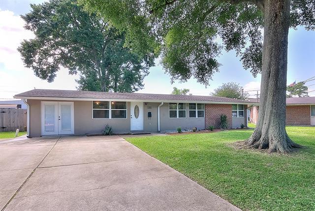 8114 Buras Avenue, Metairie, LA 70003 (MLS #2152754) :: Parkway Realty