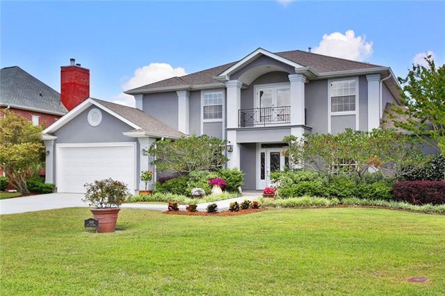 3909 Lake Providence Drive, Harvey, LA 70058 (MLS #2152846) :: Crescent City Living LLC