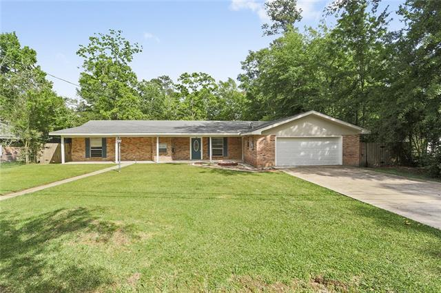 61200 Anchorage Drive, Lacombe, LA 70445 (MLS #2152900) :: Turner Real Estate Group