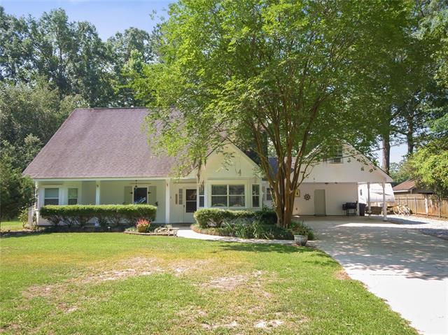 202 Mimosa Circle, Mandeville, LA 70471 (MLS #2154075) :: Crescent City Living LLC