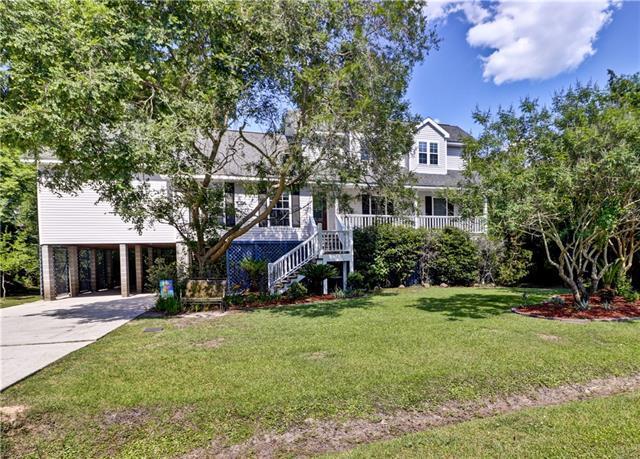 721 Woodridge Drive, Mandeville, LA 70471 (MLS #2154165) :: Turner Real Estate Group