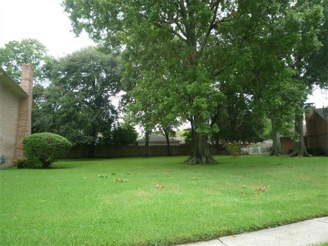 3758 Pin Oak Avenue, New Orleans, LA 70131 (MLS #2154447) :: Crescent City Living LLC