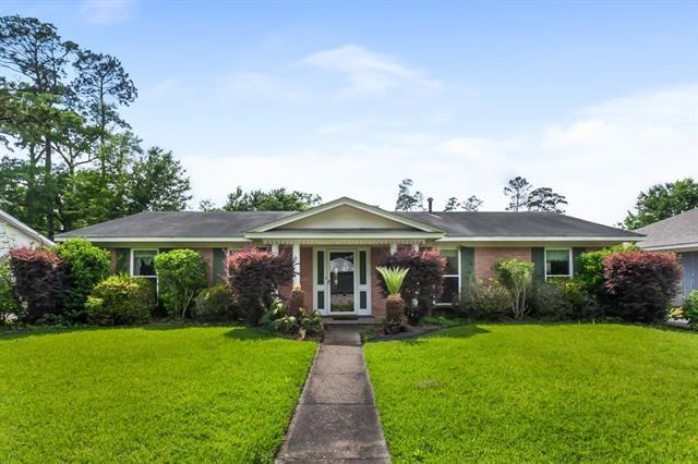 1565 Monaco Drive, Slidell, LA 70458 (MLS #2154460) :: Crescent City Living LLC