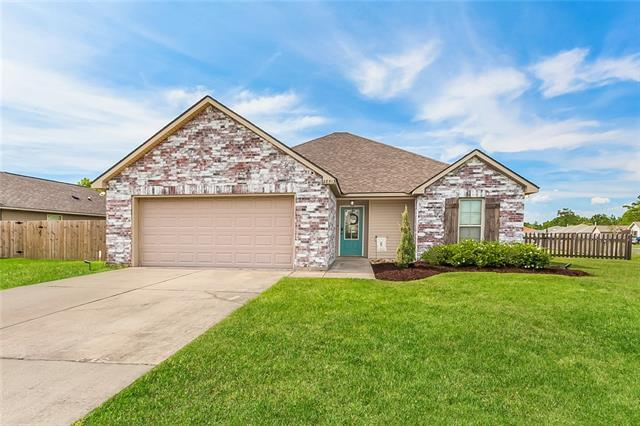 28513 Flamingo Drive, Ponchatoula, LA 70454 (MLS #2154529) :: Crescent City Living LLC