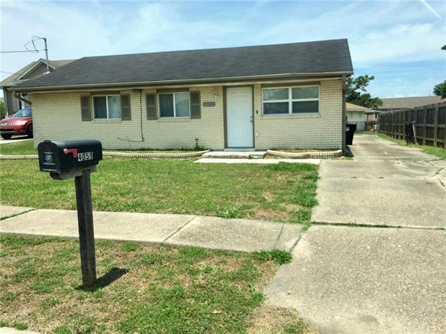 4059 Athis Court, New Orleans, LA 70126 (MLS #2154587) :: Crescent City Living LLC