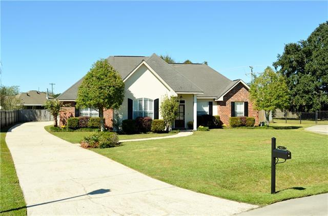 447 Gainesway Drive, Madisonville, LA 70447 (MLS #2155191) :: Parkway Realty