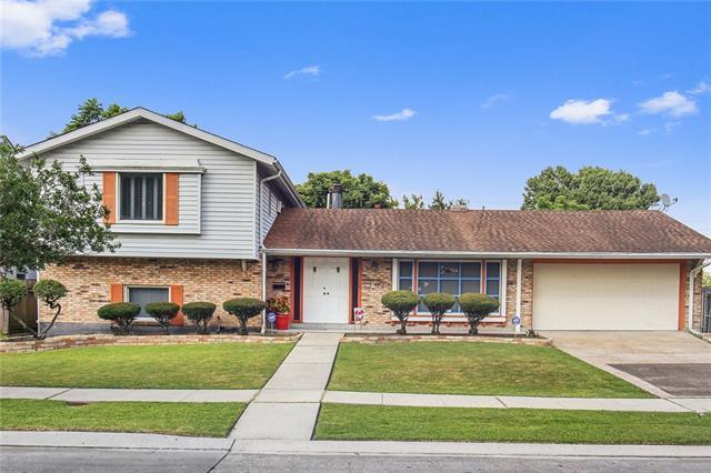 411 Terry Parkway, Terrytown, LA 70056 (MLS #2155257) :: Crescent City Living LLC