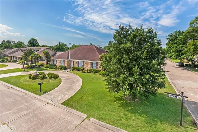 23 Chateau Pontet Canet Drive, Kenner, LA 70065 (MLS #2155544) :: The Robin Group of Keller Williams