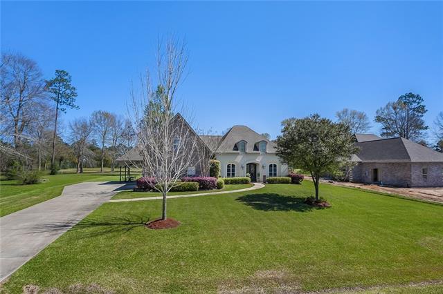 749 Plantation Drive, Abita Springs, LA 70420 (MLS #2155629) :: Turner Real Estate Group