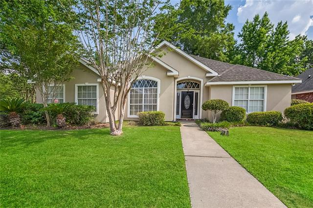 1305 State Street, Mandeville, LA 70448 (MLS #2155659) :: The Robin Group of Keller Williams