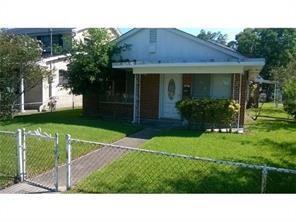 1000 Virgil Street, Gretna, LA 70053 (MLS #2156039) :: Crescent City Living LLC