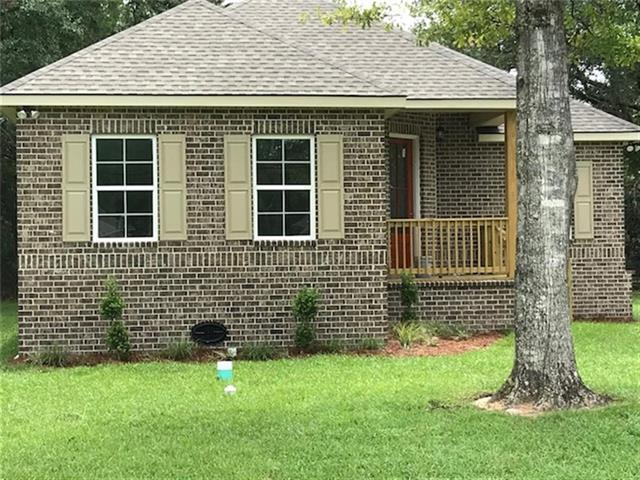 61258 Forest Drive, Lacombe, LA 70445 (MLS #2156147) :: Turner Real Estate Group