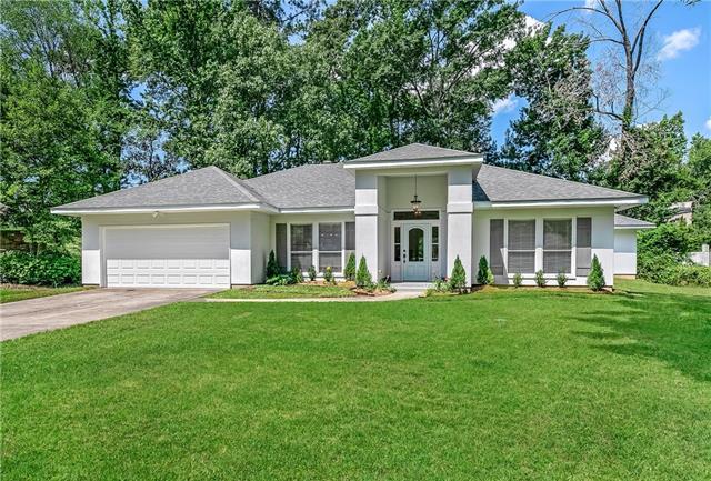 6053 Chateau Loire Circle, Mandeville, LA 70448 (MLS #2156162) :: Parkway Realty