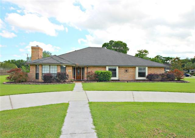 103 Victoria Drive, Belle Chasse, LA 70037 (MLS #2156164) :: Parkway Realty