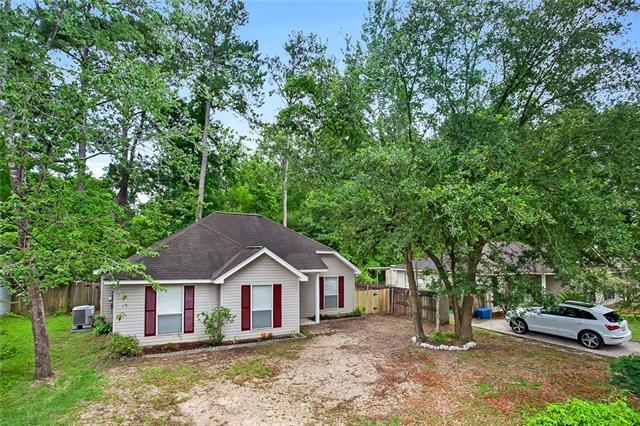 70436 D Street, Covington, LA 70433 (MLS #2156216) :: The Robin Group of Keller Williams