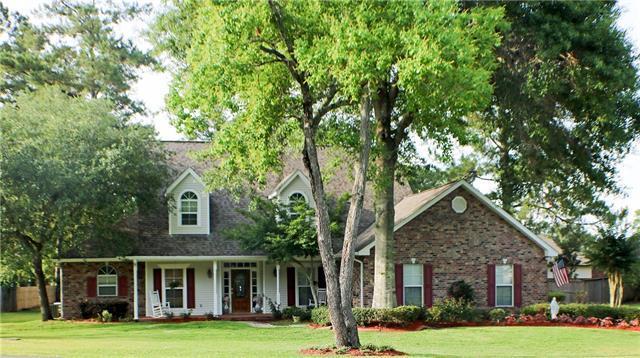 56 White Oak Court, Hammond, LA 70401 (MLS #2156240) :: Crescent City Living LLC