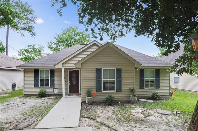 57386 Maple Avenue, Slidell, LA 70461 (MLS #2156330) :: The Robin Group of Keller Williams