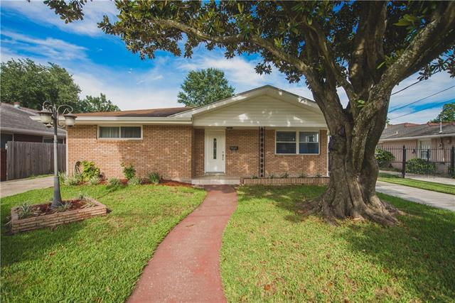 1125 Bonnabel Boulevard, Metairie, LA 70005 (MLS #2156363) :: Crescent City Living LLC