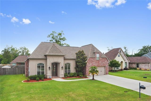 417 Autumn Creek Drive, Madisonville, LA 70447 (MLS #2156642) :: Parkway Realty