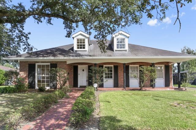 6245 Caldwell Drive, New Orleans, LA 70122 (MLS #2157503) :: Turner Real Estate Group