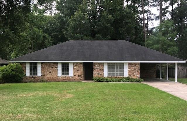 240 Robinhood Drive, Covington, LA 70433 (MLS #2158022) :: Turner Real Estate Group
