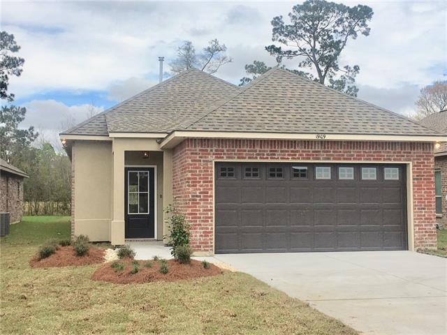 19109 Greenleaf Circle, Ponchatoula, LA 70454 (MLS #2158166) :: Crescent City Living LLC