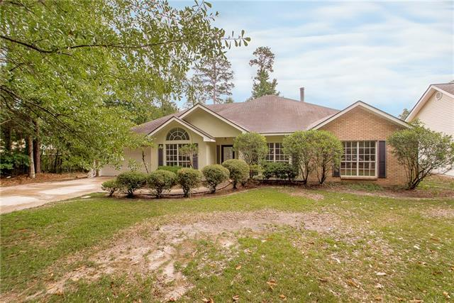 831 Massena Street, Mandeville, LA 70448 (MLS #2158279) :: Turner Real Estate Group