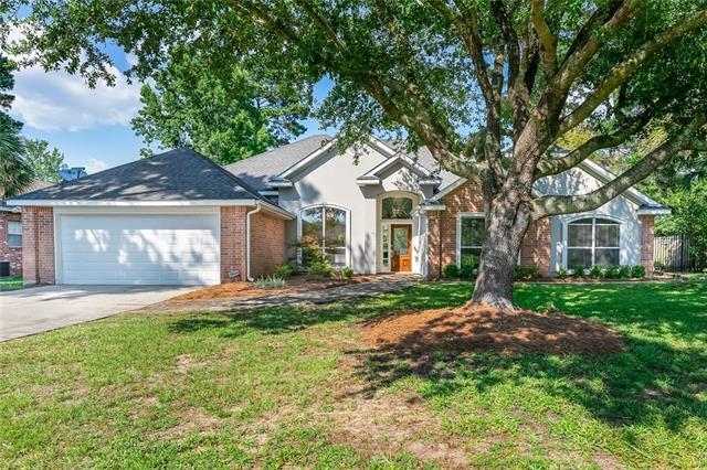 7218 Brookwood Drive, Mandeville, LA 70471 (MLS #2158311) :: Crescent City Living LLC