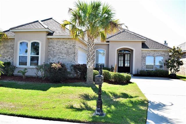 136 Lakeshore Vlg, Slidell, LA 70461 (MLS #2159481) :: Turner Real Estate Group