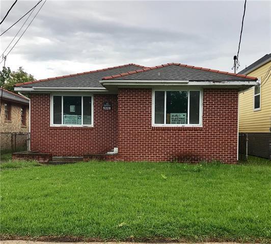 5228 Mandeville Street, New Orleans, LA 70122 (MLS #2159762) :: Turner Real Estate Group