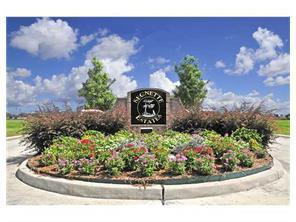 113 Heron Drive, Westwego, LA 70094 (MLS #2159794) :: Crescent City Living LLC