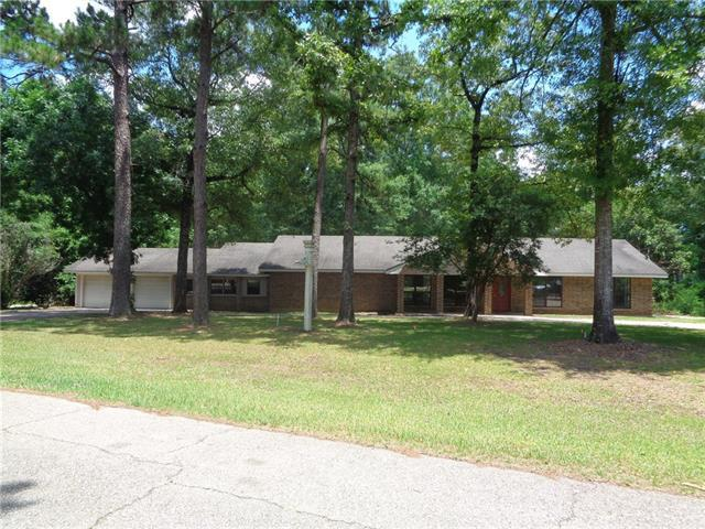 175 Oak Road, Bogalusa, LA 70427 (MLS #2159830) :: Crescent City Living LLC