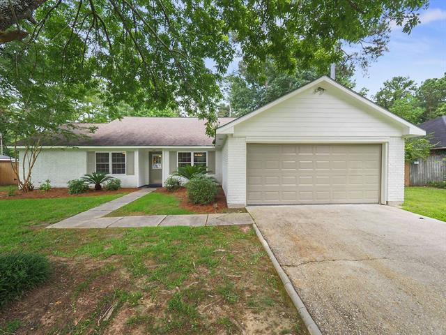 413 Laurel Oak Drive, Mandeville, LA 70471 (MLS #2160104) :: Turner Real Estate Group