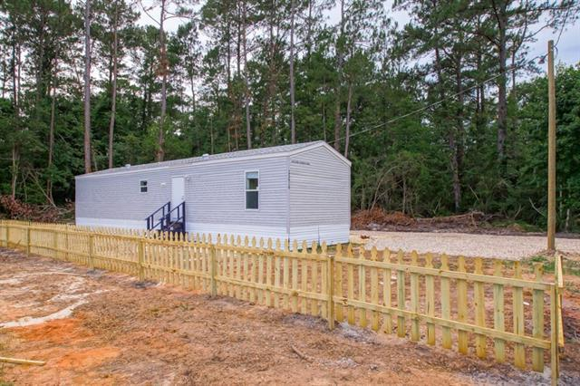 25616 W Beech Street, Lacombe, LA 70445 (MLS #2160306) :: Crescent City Living LLC