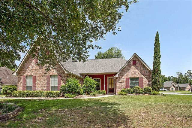 141 Golden Meadow Drive, Covington, LA 70433 (MLS #2160321) :: Turner Real Estate Group
