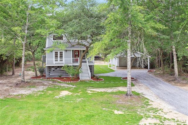 27044 Lucille Drive, Lacombe, LA 70445 (MLS #2160485) :: Parkway Realty