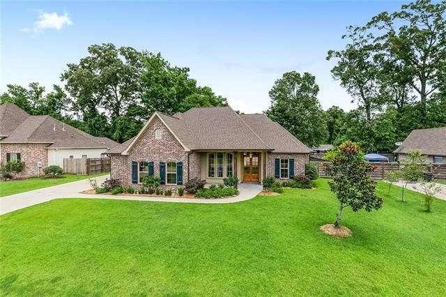 213 Pine Crest Drive, Madisonville, LA 70447 (MLS #2160606) :: Turner Real Estate Group