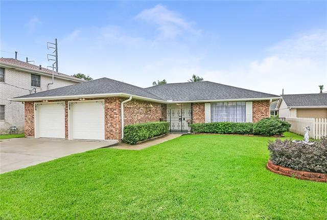 1308 Wisteria Drive, Metairie, LA 70005 (MLS #2160816) :: Turner Real Estate Group