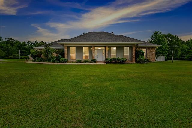 100 Sir Barton Court, Bush, LA 70431 (MLS #2161146) :: Turner Real Estate Group
