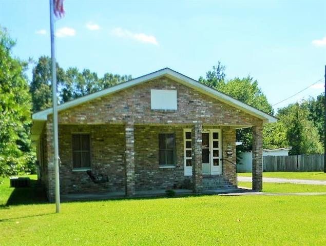 824 Superior Avenue, Bogalusa, LA 70427 (MLS #2161308) :: Crescent City Living LLC