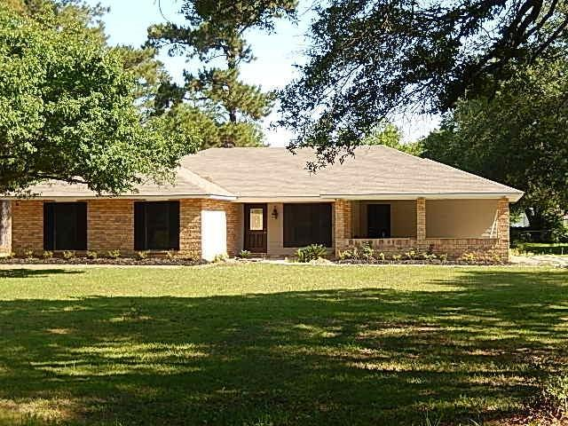 13239 Dale Drive, Ponchatoula, LA 70454 (MLS #2161513) :: Crescent City Living LLC