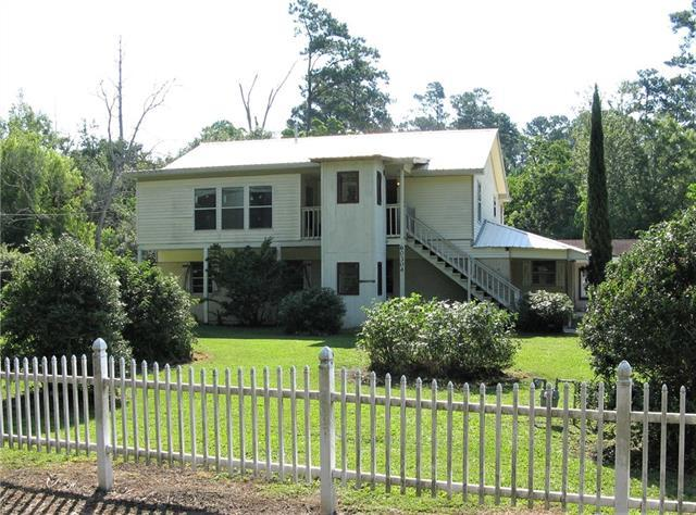 60304 Lake Road, Lacombe, LA 70445 (MLS #2161594) :: Crescent City Living LLC