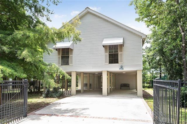 68301 Piney Woods Lane, Covington, LA 70433 (MLS #2161665) :: Crescent City Living LLC