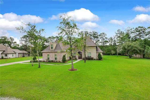 124 Heritage Oaks Boulevard, Covington, LA 70433 (MLS #2161803) :: Crescent City Living LLC