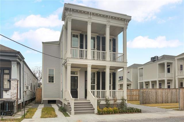 1019 Terpsichore Street, New Orleans, LA 70130 (MLS #2162467) :: Crescent City Living LLC