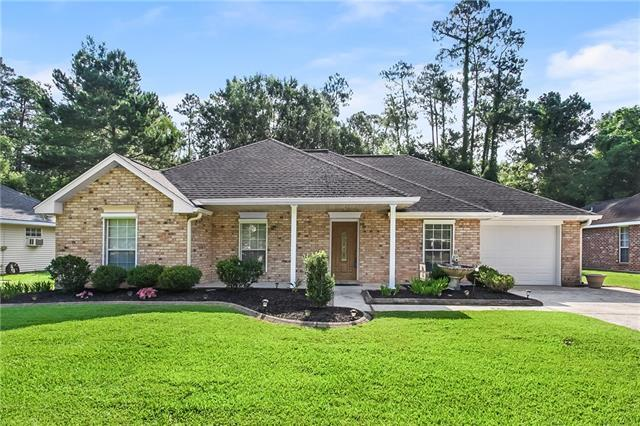 413 Colonial Court, Mandeville, LA 70471 (MLS #2162743) :: Parkway Realty