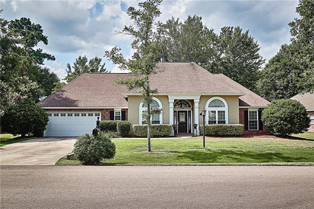 2010 Green Court, Mandeville, LA 70448 (MLS #2162849) :: Turner Real Estate Group